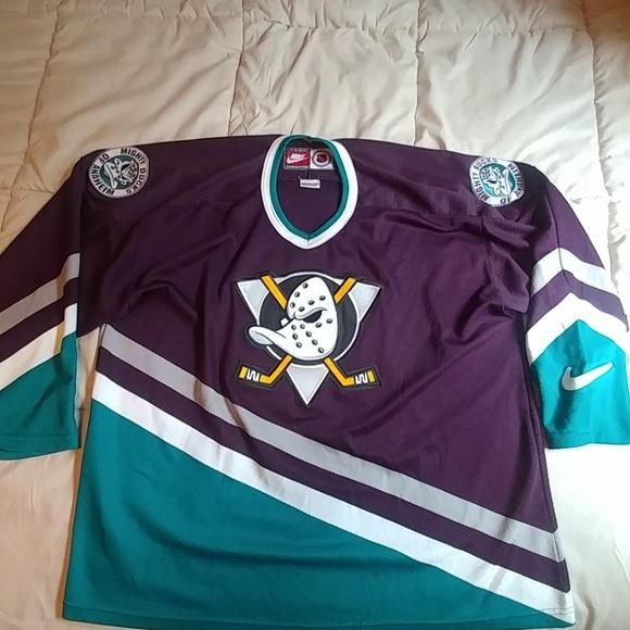 quality design ccc22 e8eca Vintage NIKE Anaheim Mighty Ducks jersey